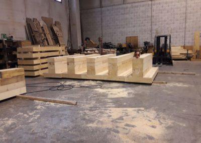 Basamento in legno su misura