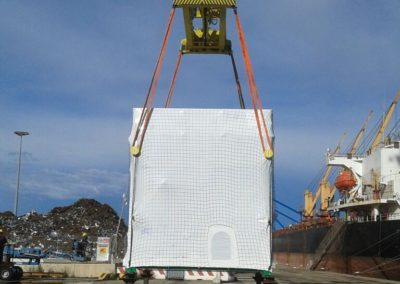 Spostamento imballaggio in legno su misura con protezioni